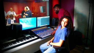 Pembe in the recording studio